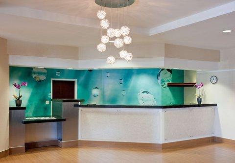 SpringHill Suites Los Angeles LAX/Manhattan Beach - Front Desk