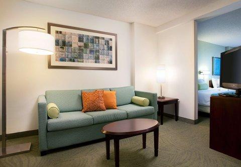 SpringHill Suites Los Angeles LAX/Manhattan Beach - Suite Living Area