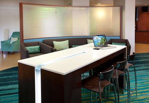 SpringHill Suites Los Angeles LAX/Manhattan Beach - Lobby Work Area