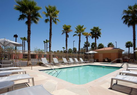 SpringHill Suites Los Angeles LAX/Manhattan Beach - Outdoor Pool