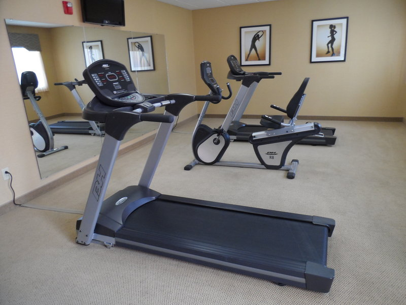 Holiday Inn Express Hotel & Suites Hannibal Fitness Club