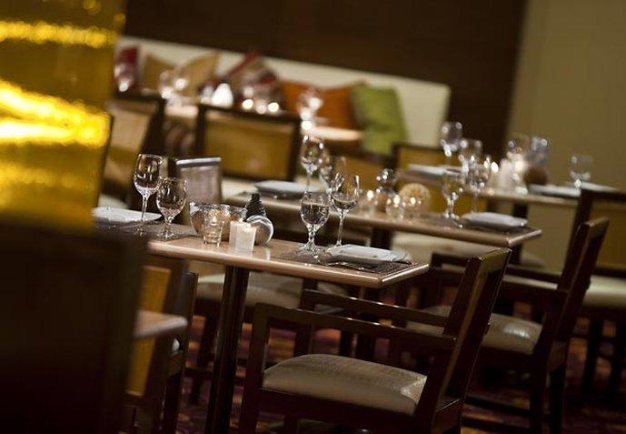 Renaissance Palm Springs Hotel Gastronomy