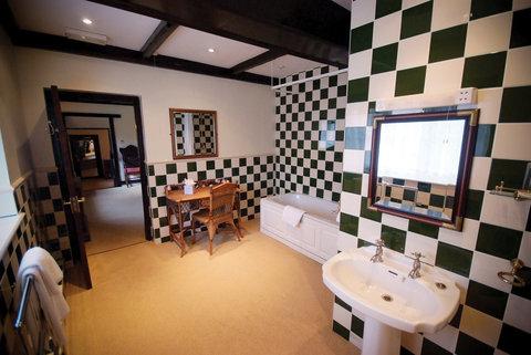 BEST WESTERN Cwrt Bleddyn Hotel & Spa - Cwrt Bleddyn Hotel Bedrooms