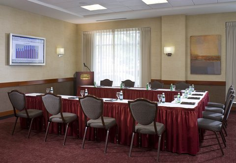Courtyard By Marriott Burlington Harbor Hotel - Independence Meeting Room