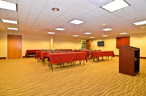 Holiday Inn Express ATLANTA NE - I-85 CLAIRMONT - Meeting Room
