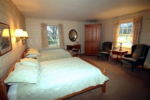 Wooster Inn - Wooster, OH