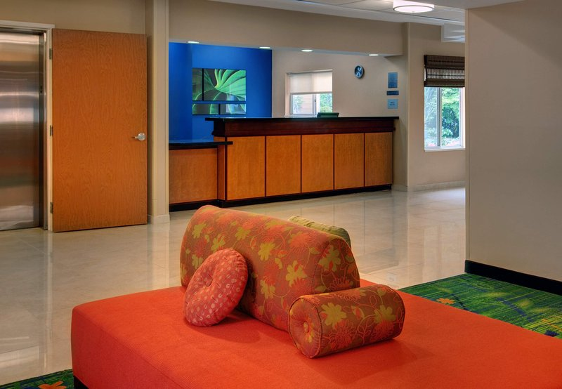 Fairfield Inn Seattle Bellevue Lobby
