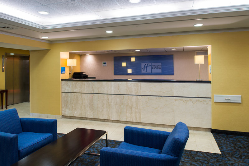 Holiday Inn Express Hotel & Suites King of Prussia 前厅