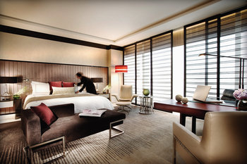 Four Seasons Hotel Pudong, Shanghai - Room