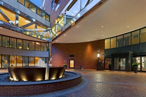 Millennium Bostonian Hotel Boston - Courtyard