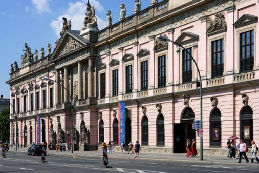 Hotel Hampton by Hilton Berlin City West The German Historical Museum
