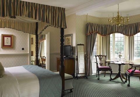 Hanbury Manor Marriott Hotel & Country Club - One-Bedroom Suite