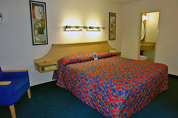 Motel 6 Atlanta Downtown - Room