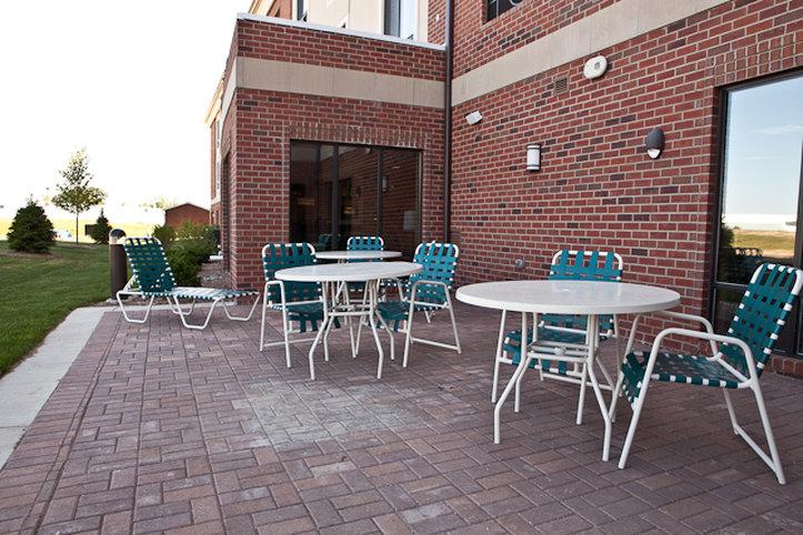 Holiday Inn Express & Suites LANSING-DIMONDALE - Lansing, MI