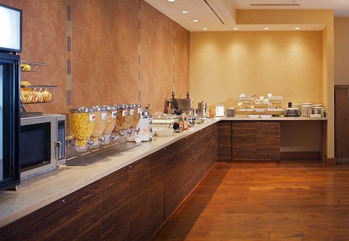 SpringHill Suites Denver Aurora/Fitzsimons Gastronomia