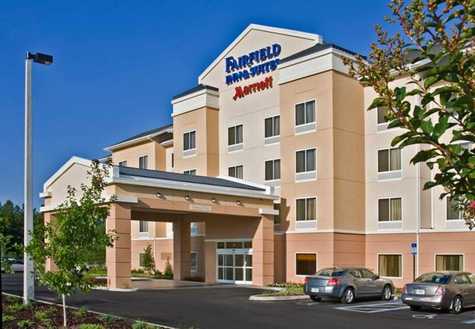 Fairfield Inn & Suites I-30 West