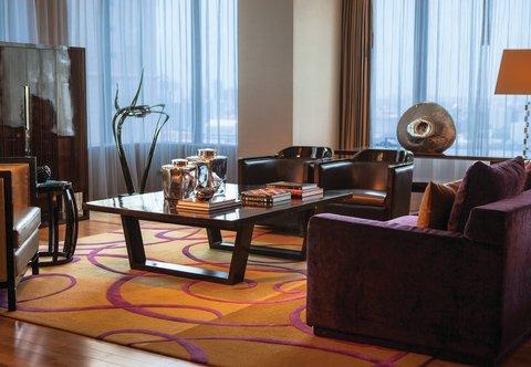 Renaissance Bangkok Ratchaprasong Hotel - Ratchapruek Suite