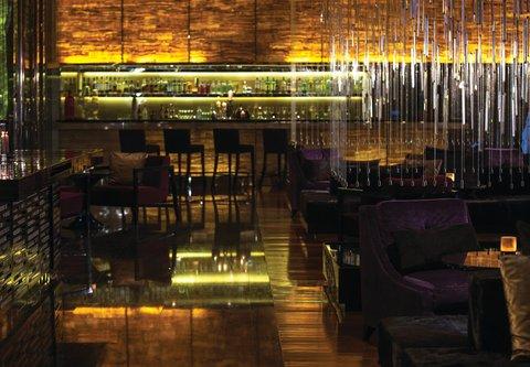 Renaissance Bangkok Ratchaprasong Hotel - R Bar