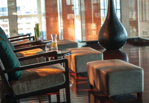 Renaissance Bangkok Ratchaprasong Hotel - Quan Spa - Relaxing Area