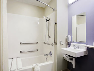 Microtel Inn & Suites by Wyndham Elkhart - ADA Bathroom