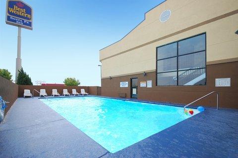 Best Western Santa Fe Inn Hotel - Beautiful Outdoor Pool