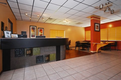Best Western Santa Fe Inn Hotel - Hotel Lobby