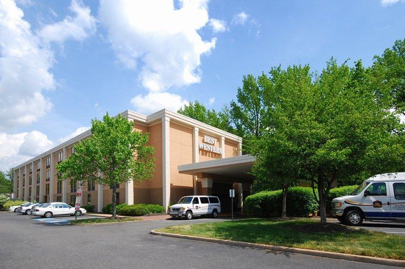 BEST WESTERN PLUS Richmond Airport Hotel - Sandston, VA
