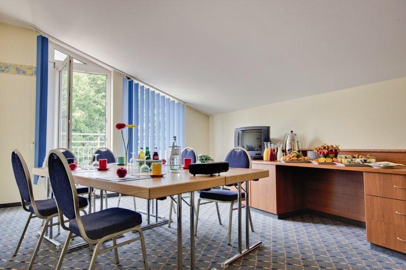 Park Inn by Radisson München Ost Konferenční sál