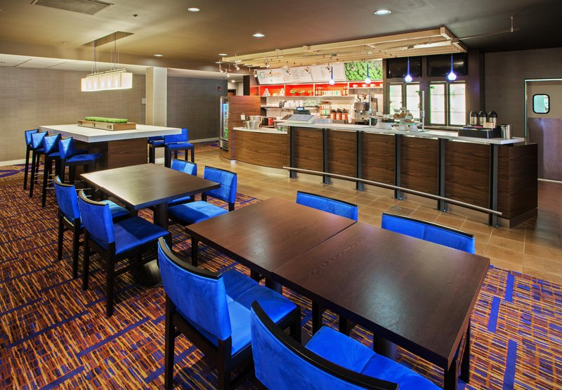 Courtyard Chicago by Marriott Midway Airport Otros