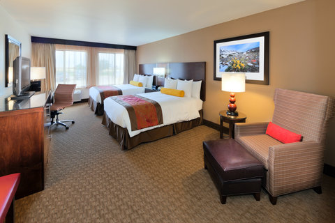Radisson Hotel Colorado Springs Airport - Contemporary Sleeping Room