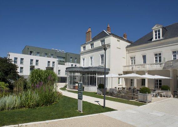 Clarion Hotel Chateau Belmont Außenansicht