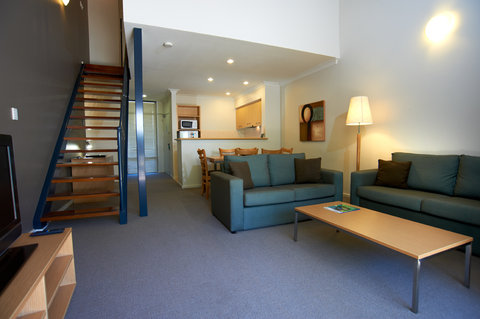 Quest Bunbury Serviced Apartments - Loft Living Area