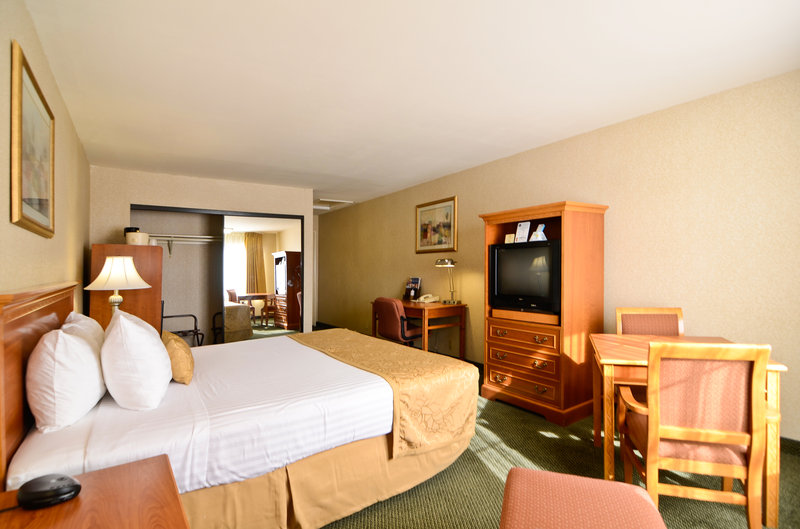 BEST WESTERN Country Inn - Temecula, CA