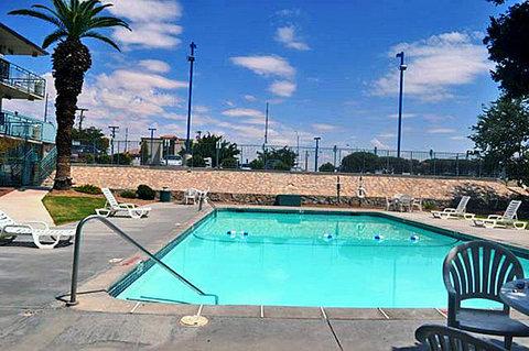 Motel 6 El Paso Central - MPool