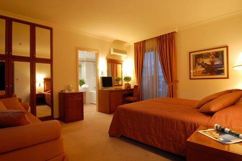 فندق وأجنحة جاكوزي أثينا أتريوم - EXECUTIVE ROOM