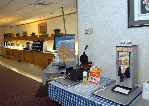 Quality Inn Crestview - FLRodeway Inn Breakfast Area
