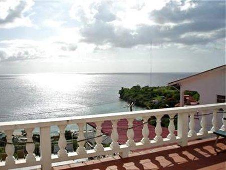 Grand View Inn - Exterior