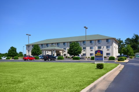 BEST WESTERN Big Spring Lodge - Exterior