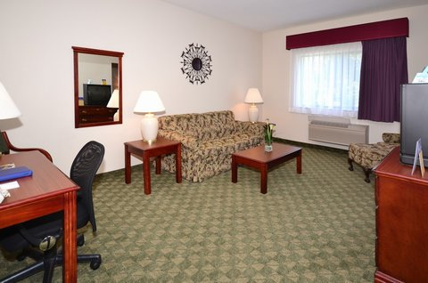 BEST WESTERN Big Spring Lodge - Guest Room Sitting Area