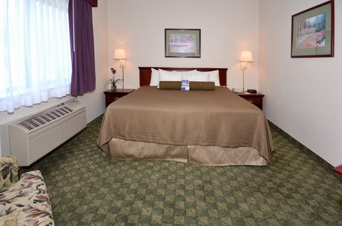 BEST WESTERN Big Spring Lodge - King Bed 2 Room Suite
