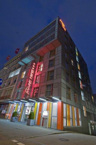 Junges Hotel Hamburg - Exterior