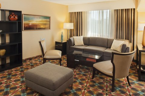 DoubleTree by Hilton Atlanta North Druid Hills/Emory Area - 8th Floor Lounge Sitting Area