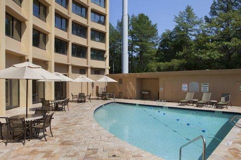 DoubleTree by Hilton Atlanta North Druid Hills/Emory Area - Pool