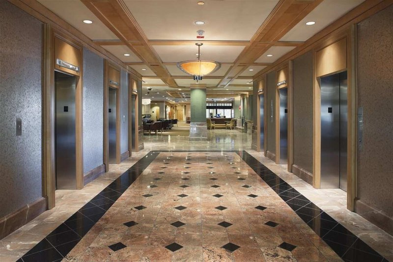 Doubletree Hotel Denver Lobby