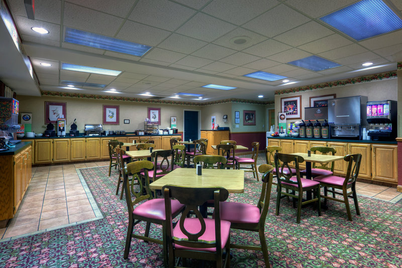 Country Inn &amp; Suites Roanoke