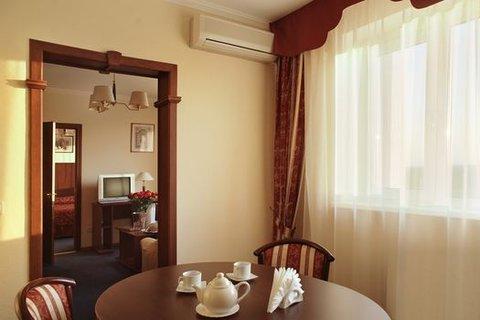 Salyut Hotel - Apartments