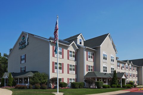Country Inn and Suites Columbus Airport East - Hotel Exterior