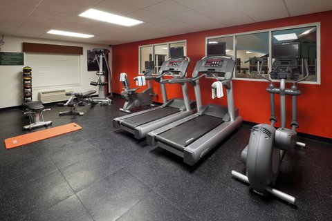 Country Inn and Suites Columbus Airport East - Fitness Room