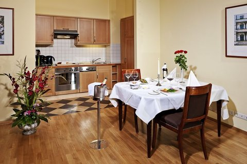 Louisa's Place - Grand Suite