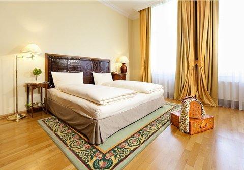 Louisa's Place - Superior Suite